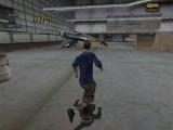 Skate op verschillende locaties, zoals in deze vliegtuighangar!