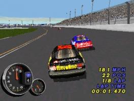 Speel als allerlei verschillende NASCAR-wagens!