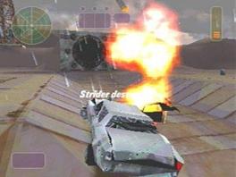 Meestal betekenen auto's in games: RACEN. In deze game betekent het SCHIETEN.